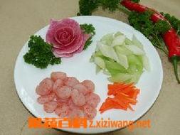果蔬百科秀珍菇炒虾仁